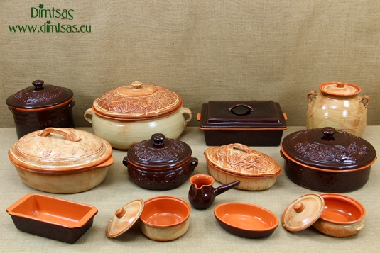Clay - Ceramic - Earthenware Dutch Ovens - Casseroles