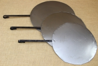 Round Metal Griddle No55 with Long Handle Fifth Depiction
