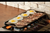 Lodge Cast Iron Reversible Pro Grid Iron Griddle 51x26.5 cm Double Sided Fourth Depiction
