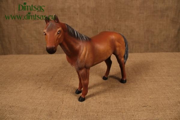 Άλογο στα 4